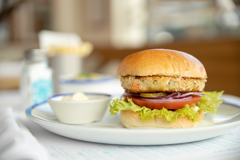 2019-07-02-Rockfish-monkfish-prawn-burger-008.jpg