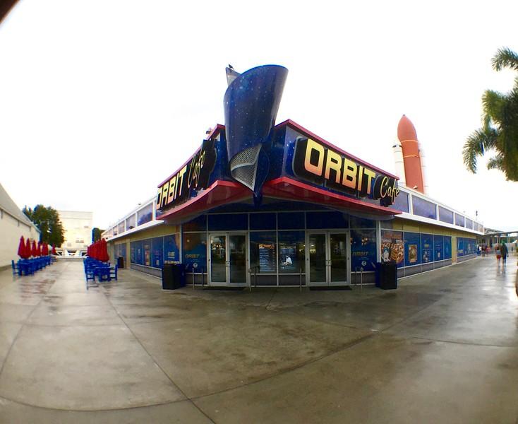 2015-12-18_Spirit-of-Exploration-KSC_04_Orbit-Cafe