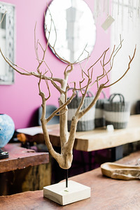 Blue Moon Furniture - Dining Tables HR