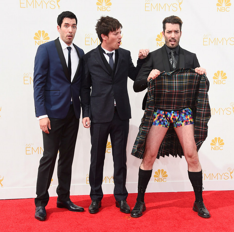 . LOS ANGELES, CA - AUGUST 25:  (L-R) TV personalities Drew Scott, J.D. Scott and Jonathan Silver Scott attend the 66th Annual Primetime Emmy Awards held at Nokia Theatre L.A. Live on August 25, 2014 in Los Angeles, California.  (Photo by Frazer Harrison/Getty Images)