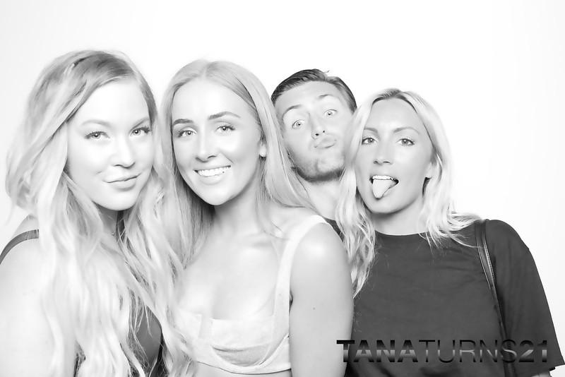Tana turns 21 (SkinGlow Booth)