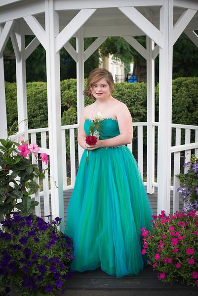 MD prom 2015 (60 of 74).jpg