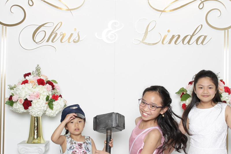 206-chris-linda-booth-original.JPG