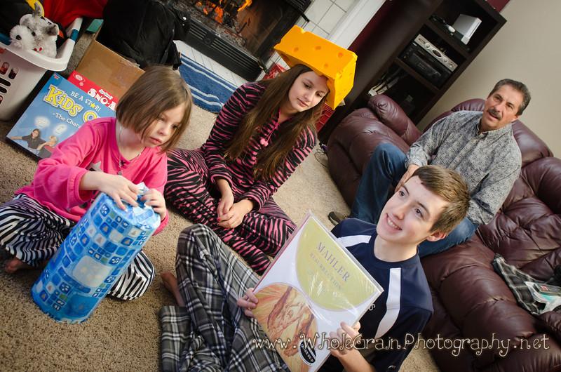 20111225_ChristmasMorning_0061.jpg