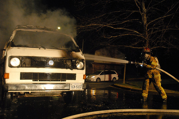 Henrico Engine 9, Vehicle Fire, 4-17-09