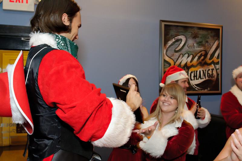 2011 GBT Santa Crawl-104.jpg