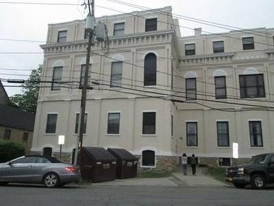 1887 Building