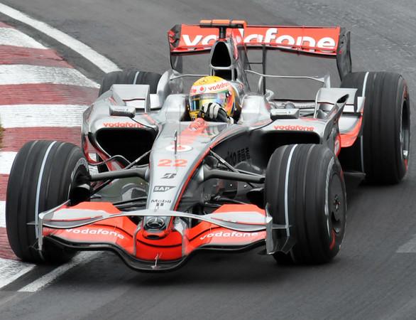 McLaren L Hamilton 02.jpg