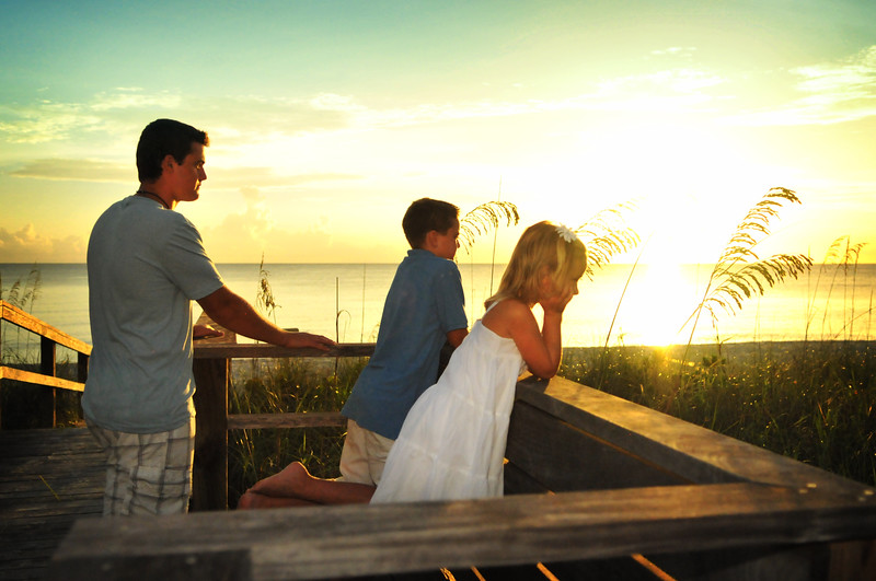 Angie Birch Naples Beach Family Photo Shoot 337.JPG