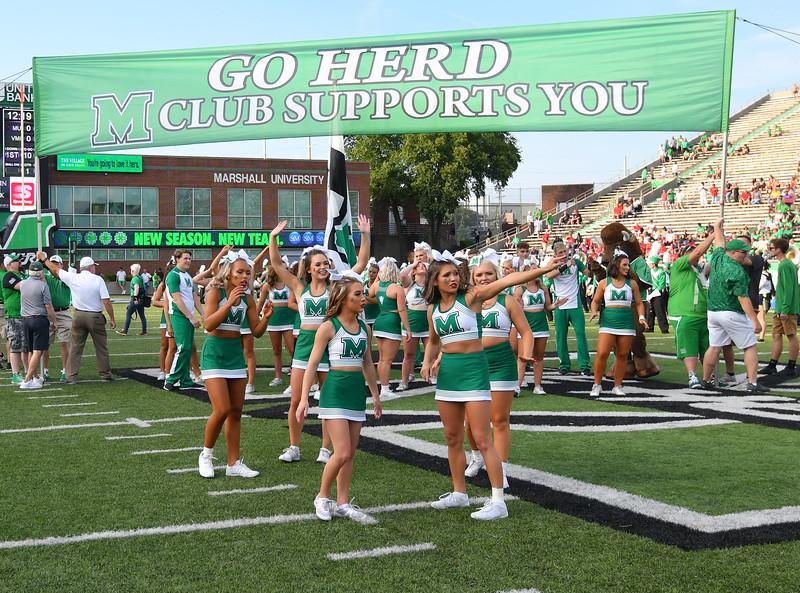 cheerleaders0152.jpg