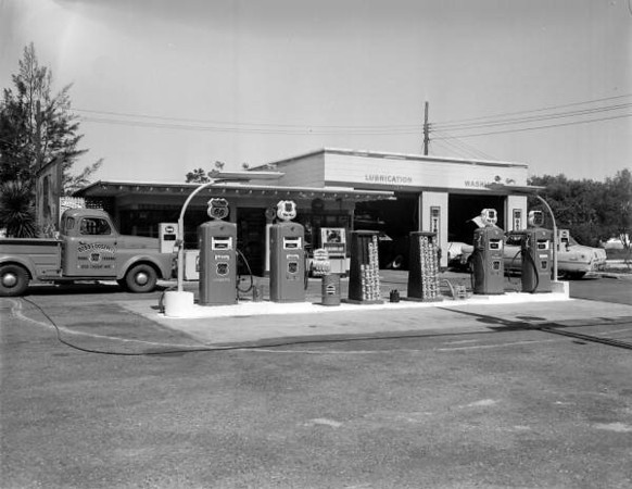 RF00993a-Phillips 66 gas station at 958 Cassat Avenue-1957-Fisher Collection.jpg