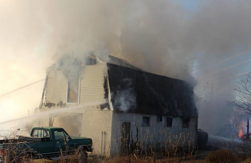west newbury fire 03.jpg