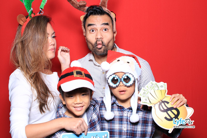 eastern-2018-holiday-party-sterling-virginia-photo-booth-1-42.jpg
