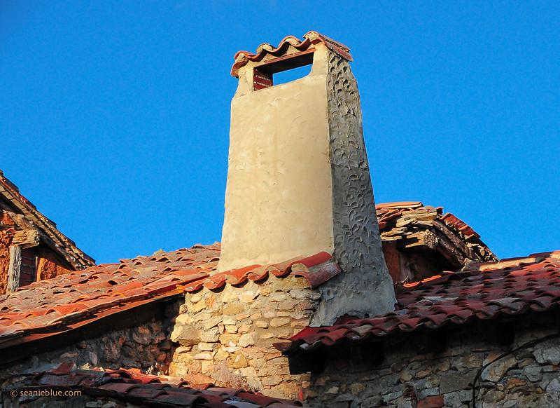 KCMB catalanazor village 2000-70-1299.jpg