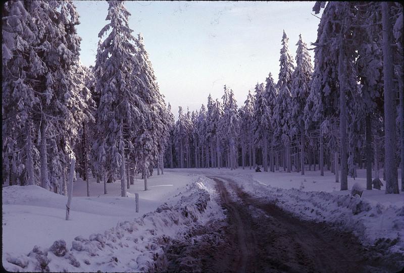 1965 02 Schneeburg road.jpg