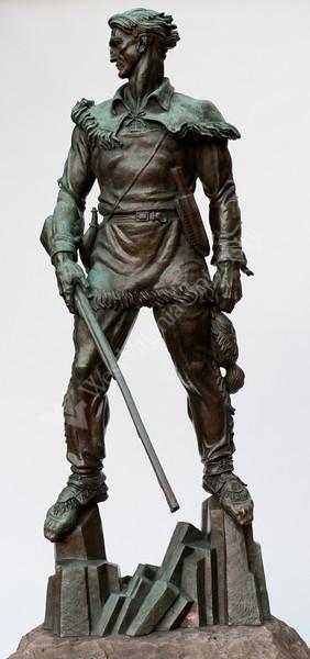27886 WVU Mountaineer Statue September 2011