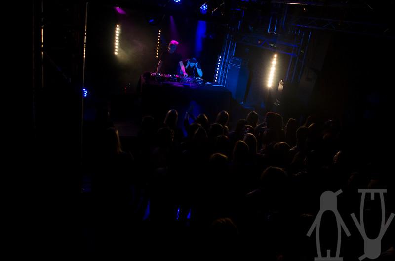 2013.06.02 - Nause (SE) + Funkin Matt @ Teglverket - Damien Baar_3.jpg