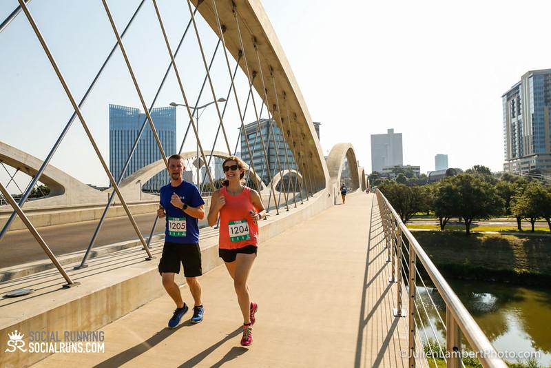Fort Worth-Social Running_917-0300.jpg
