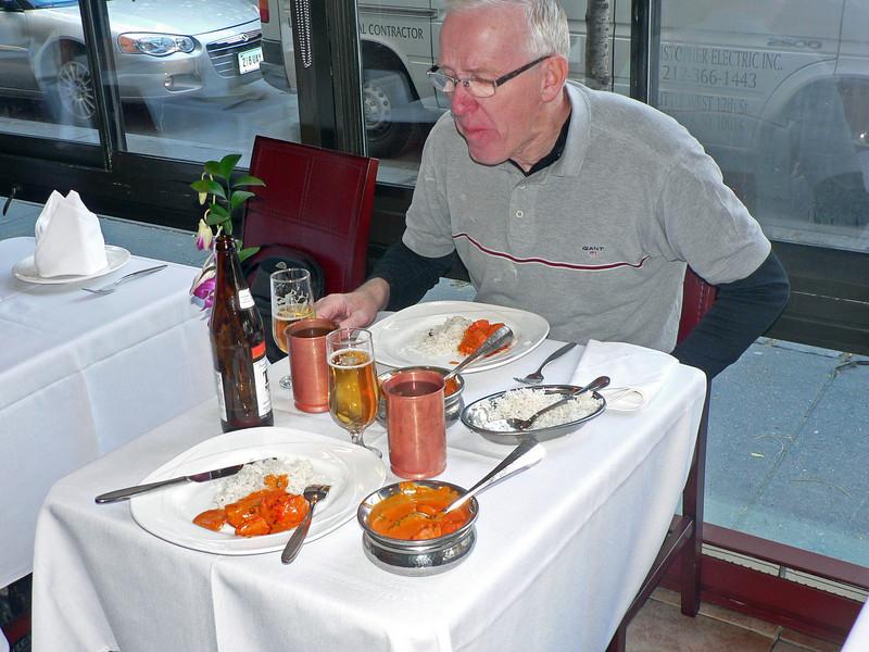 Chicken tikka masala med basmatiris. En fest för gommen.