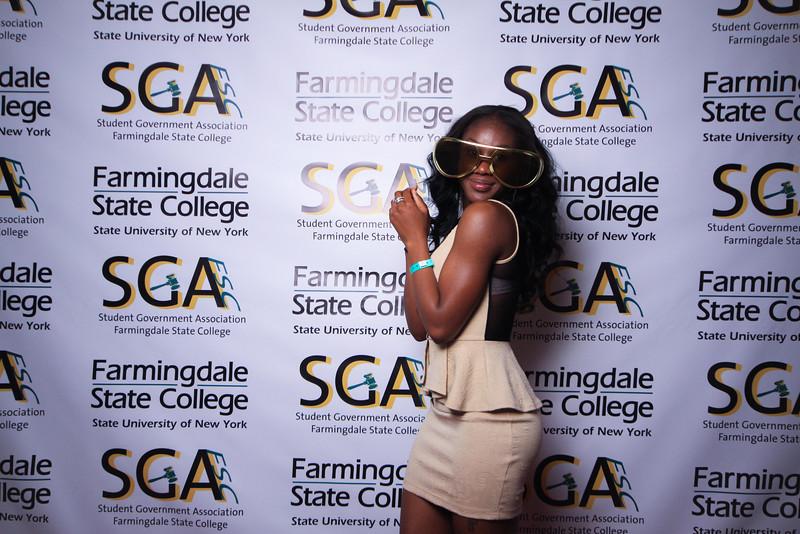 Farmingdale SGA-300.jpg