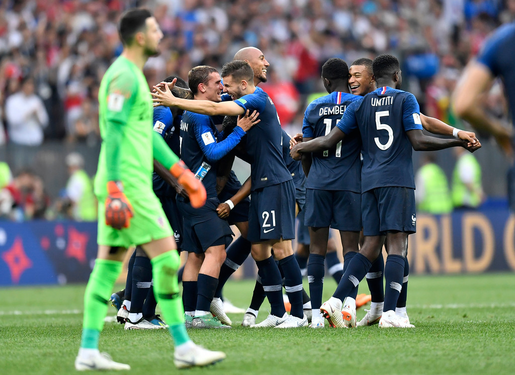 . French players celebrate after winning 4-2 during the final match between France and Croatia at the 2018 soccer World Cup in the Luzhniki Stadium in Moscow, Russia, Sunday, July 15, 2018. (AP Photo/Martin Meissner)