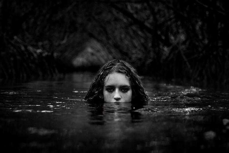 Lauren - Dark-20160921180920-Edit.jpg
