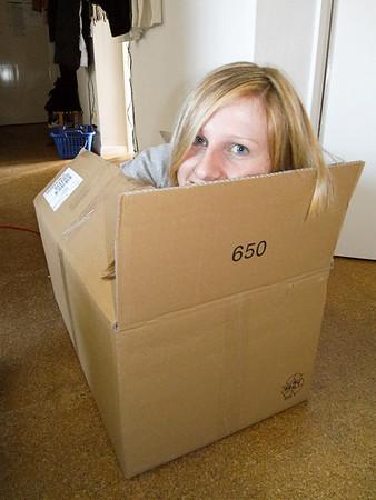 080212 Spass in der Kiste