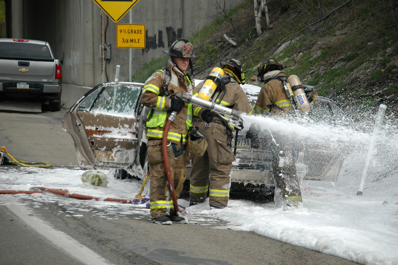 mahanoy township vehicle fire 5-7-2010 008.JPG
