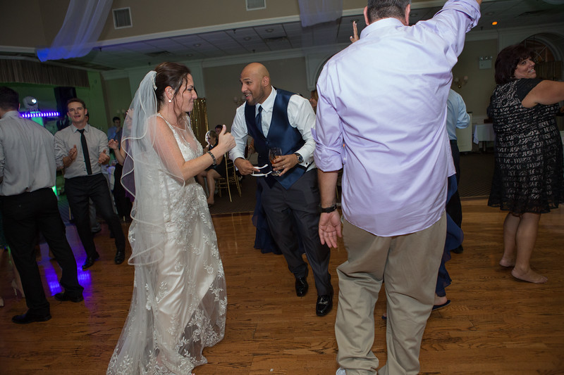 MRN_1716_Loriann_chris_new_York_wedding _photography_readytogo.nyc-.jpg.jpg