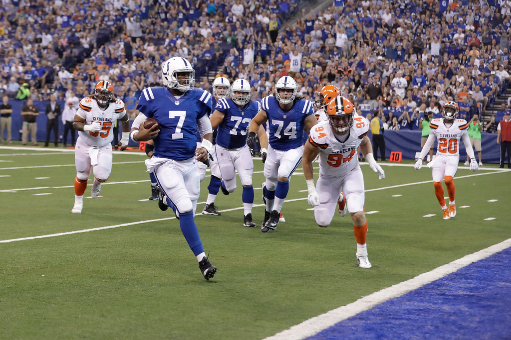 . Indianapolis Colts quarterback Jacoby Brissett (7) runs in for a touchdown against the Cleveland Browns during the first half of an NFL football game in Indianapolis, Sunday, Sept. 24, 2017. (AP Photo/Darron Cummings)