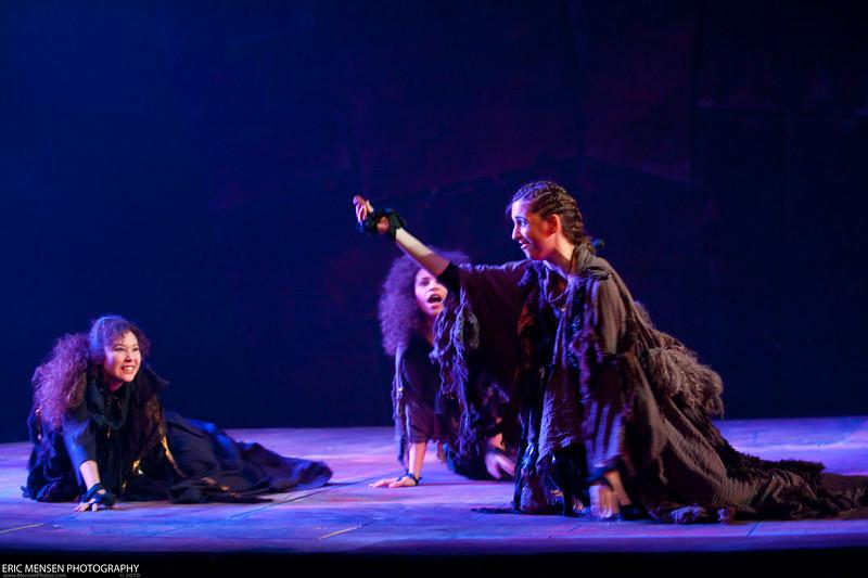Macbeth-040.jpg