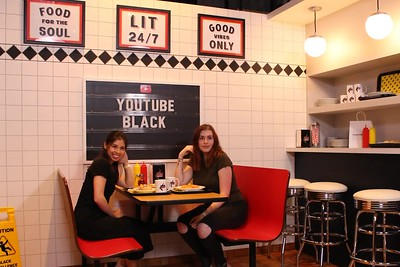 #YouTube Black Diner (10.21.19)
