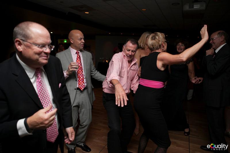 Michael_Ron_8 Dancing & Party_119_0724.jpg