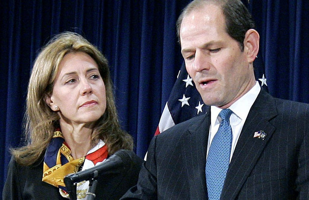 ". <p>7. (tie) ELIOT SPITZER <p>Former governor caught sucking mistress� toes in hotel hot tub, immediately mistaken for Dick Morris. (unranked) <p><b><a href=\'http://nypost.com/2014/01/06/spitzer-and-lis-smith-caught-in-topless-hot-tub-antics/\' target=""_blank\""> HUH?</a></b> <p>    (AP Photo/Stephen Chernin, File)"