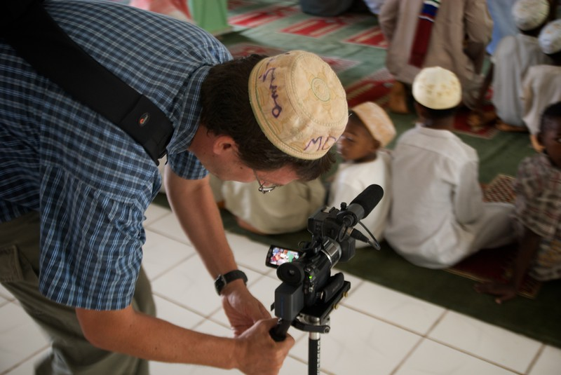 Ted films with steadicam in a mosque  OFM team