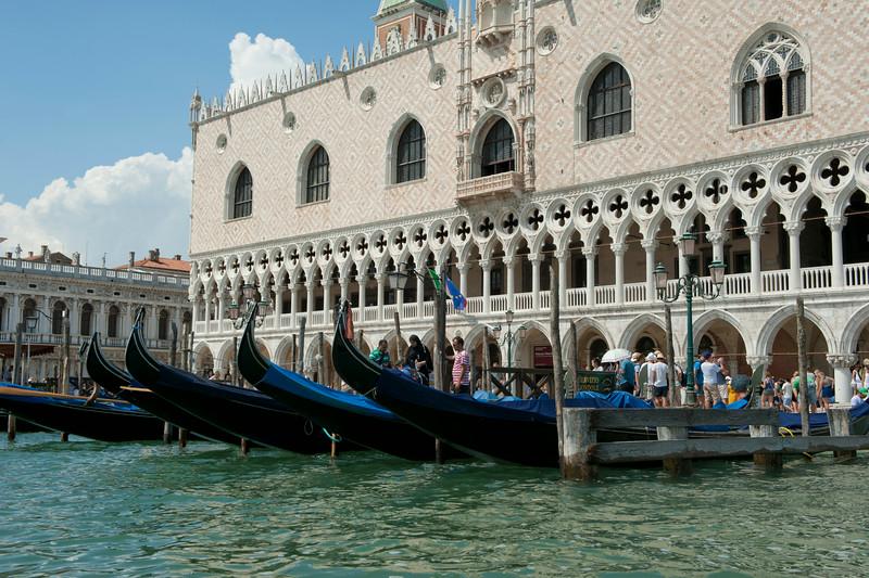Gondola 13.jpg
