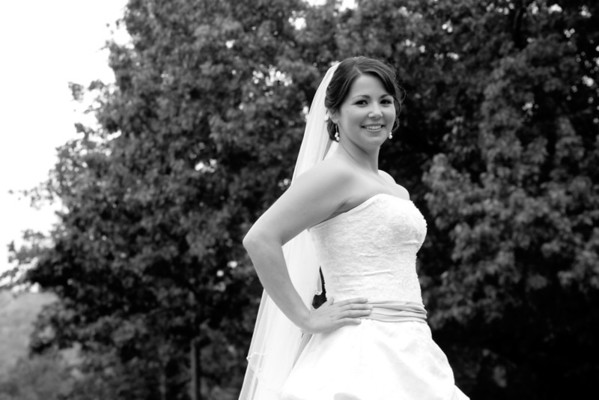 Sarah Martin Austin Black and White Bridal Portraits