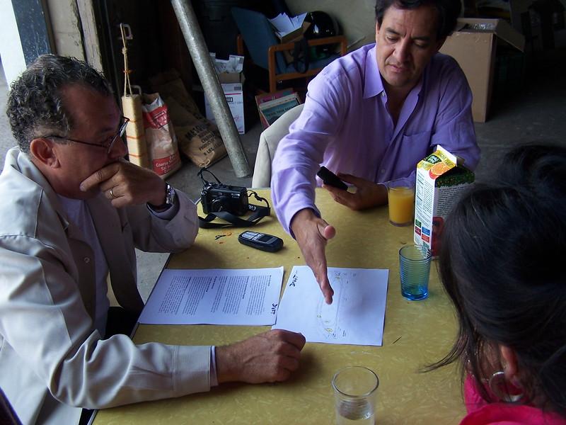 2005-07-13_LASHP_Not-A-Cornfield_Alianza-Meeting_11.JPG