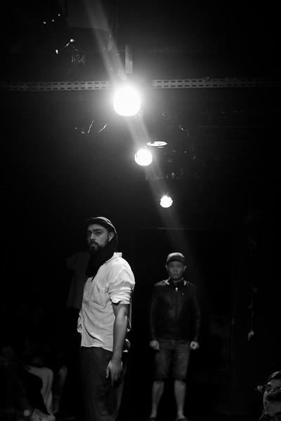 Allan Bravos - Fotografia de Teatro - Indac - Migraaaantes-248-2.jpg