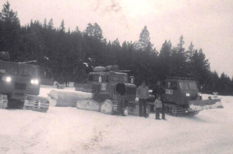 1971 Powder Tours.jpg