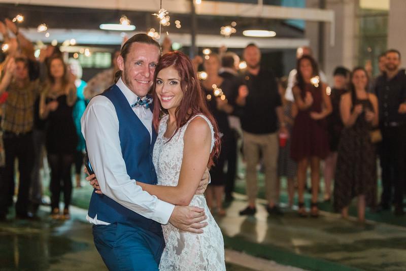 ELP1015 Tara &Phill St Pete Shuffleboard Club wedding reception 697.jpg