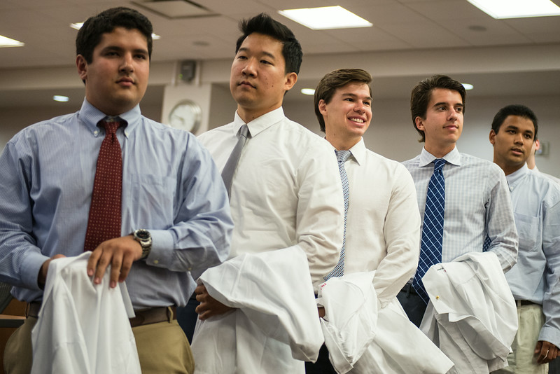 2014 White Coat Ceremony-165.jpg