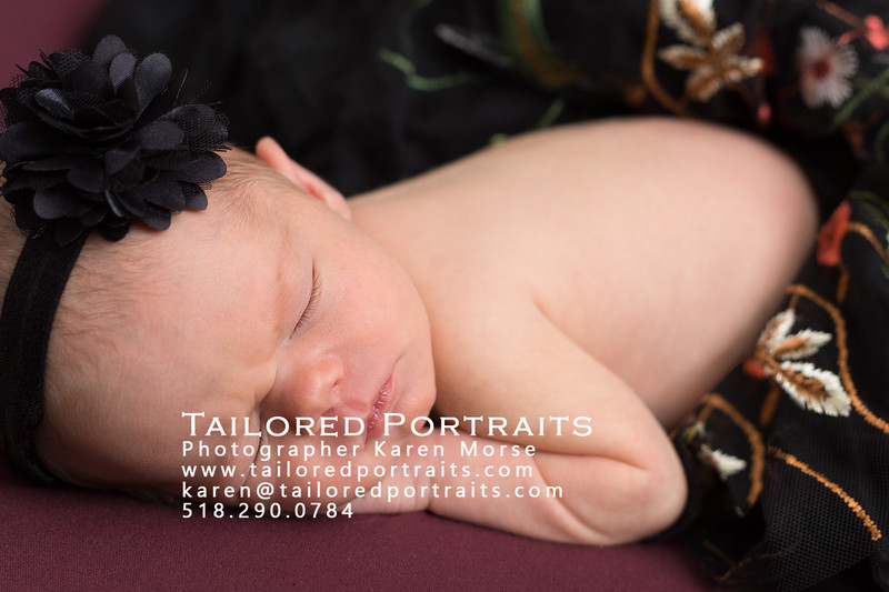 ErinFord-2018-newborn-0109-Edit.jpg