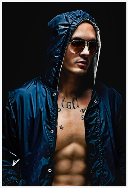 Mike_Tsering_Hooodie_Fashion_Portrait_01 copy.JPG