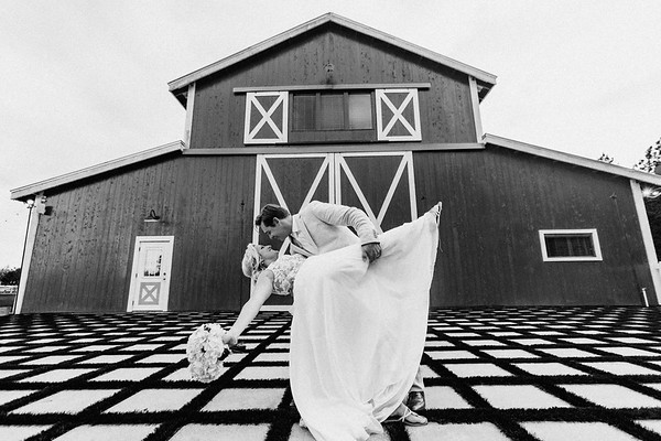 Eric and Shelby @ The Tringali Barn