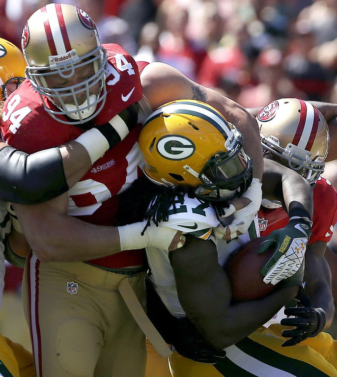 """. <p>4. (tie) EDDIE LACY <p>Apparently, the Packers still don�t have a running game. (unranked) <p><b><a href=\'http://www.twincities.com/sports/ci_24049731/green-bay-packers-eddie-lacy-isnt-answer-opener\' target=\""""_blank\""""> HUH?</a></b> <p>   (AP Photo/Jeff Chiu)"""