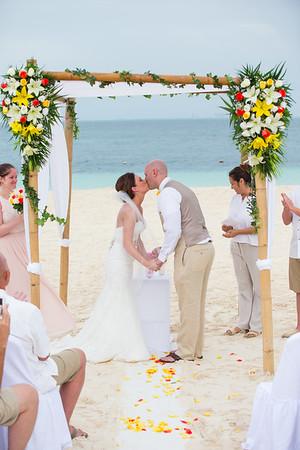 Privilege Aluxes Resort Isla Mujeres, Mexico Wedding Photography
