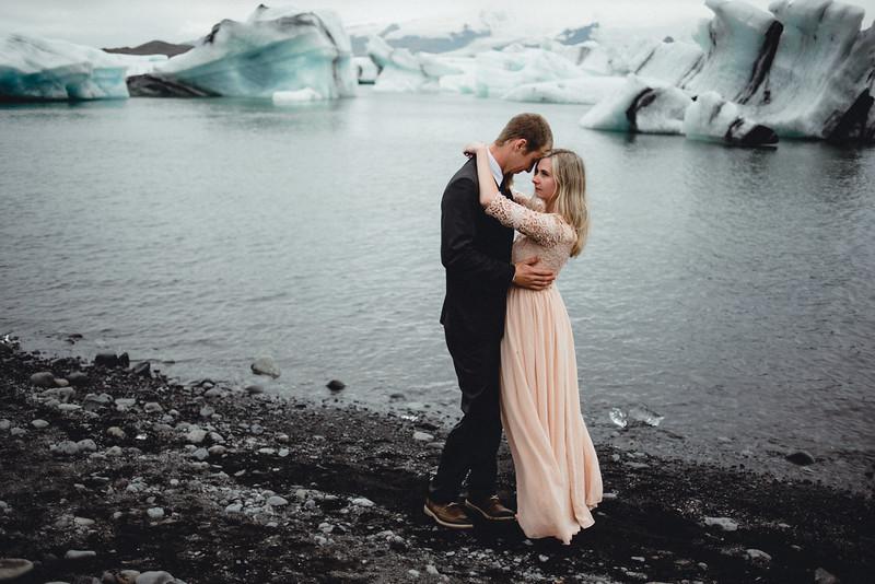 Iceland NYC Chicago International Travel Wedding Elopement Photographer - Kim Kevin150.jpg