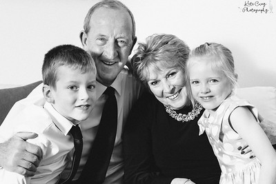 15.03.19 blog post - Birthday Party Family Photography, Edinburgh