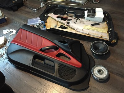 2006 Honda S2000 Front Door Speaker Installation - Hong Kong